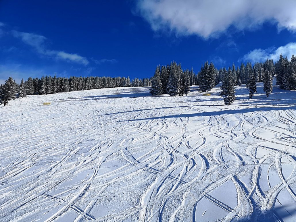 best place to ski in colorado