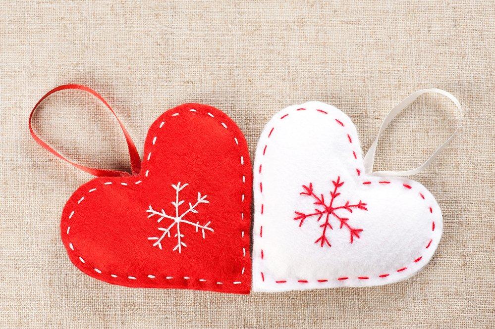 sew felt heart