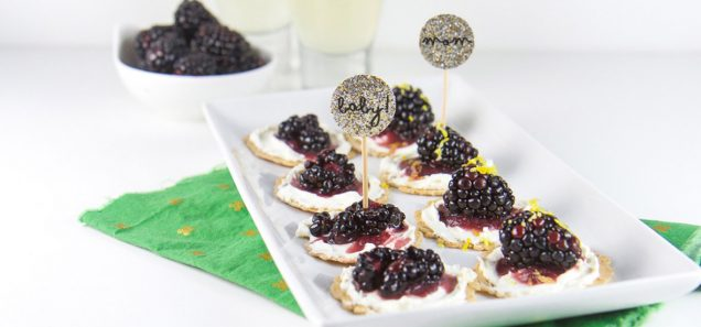 Blackberry Cream Cheese Cracker Bites recipe