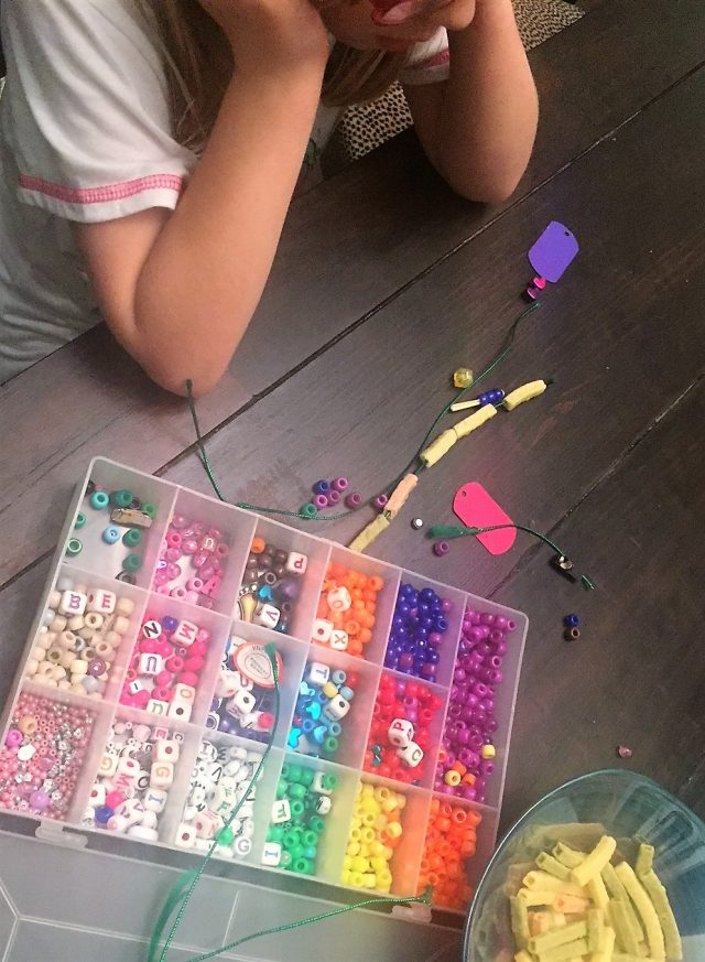 easy craft for kids necklaces