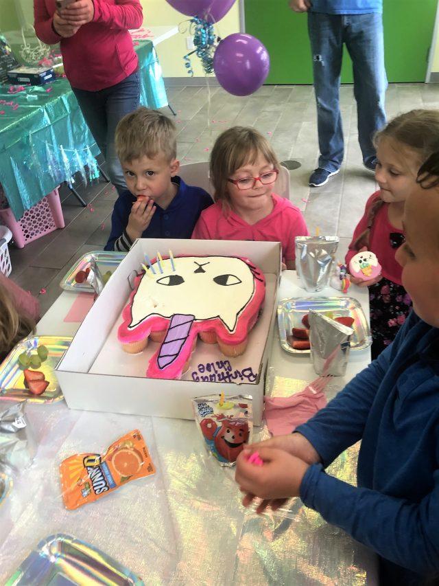 unicat birthday cake