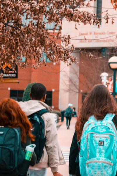 3 Easy Things You Can Help Your Child Get Into College
