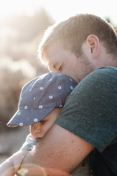 4 Ways To Show Your Child Love and Comfort
